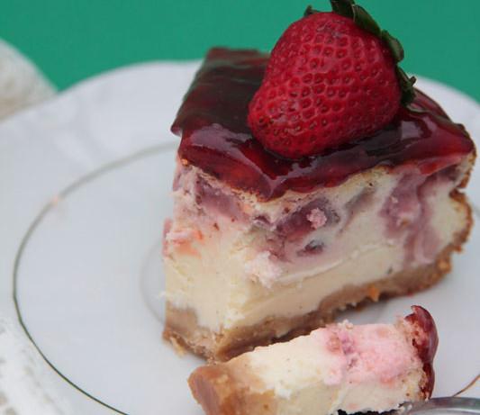 Tarta de queso y fresas experimental