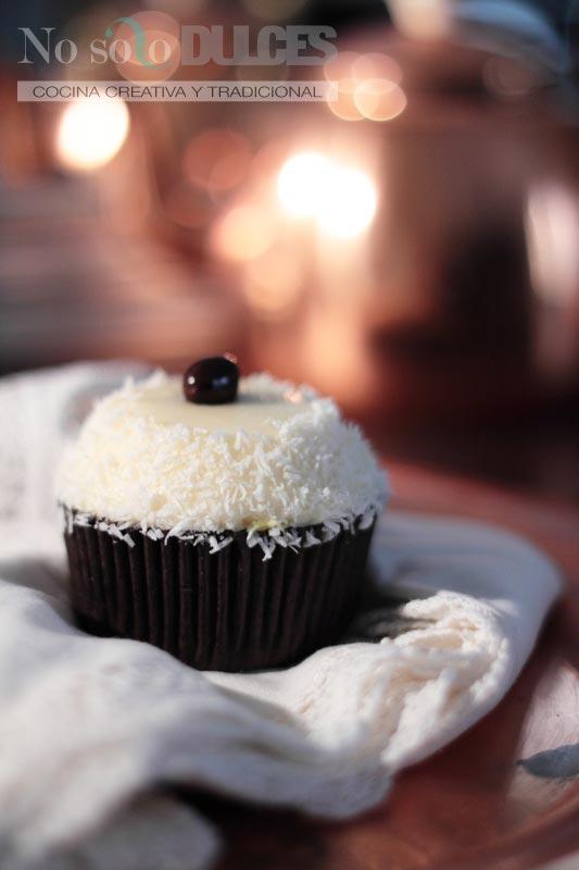 No solo dulces – Cupcakes de coco y fruta de la pasión