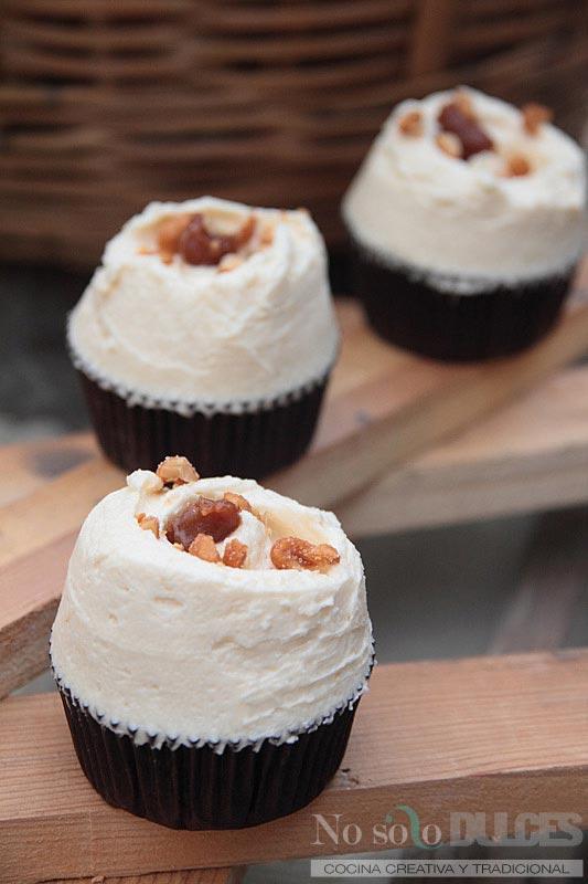 No solo dulces – cupcakes chocolate bacon buttercream de miel