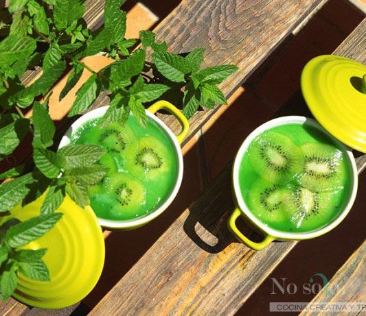 Mousse de mojito y kiwi (Se va notando el calor)