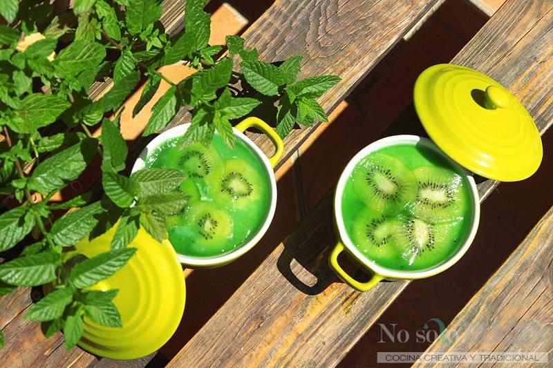 No solo dulces- Mousse de mojito y kiwi