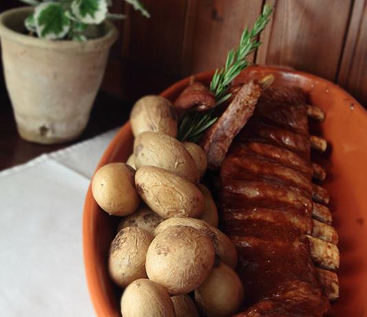 Costillas de cerdo al horno con salsa barbacoa (Y feliz 4 de julio)