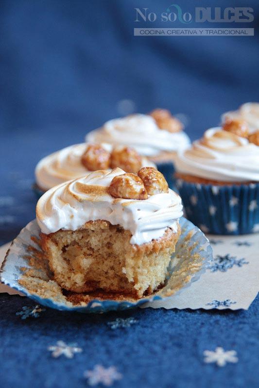No solo dulces – Cupcakes de nueces de macadamia garrapiñadas y merengue