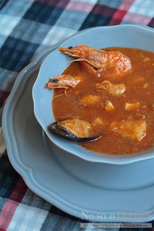 No solo dulces – Sopa de tomate y marisco para nochevieja