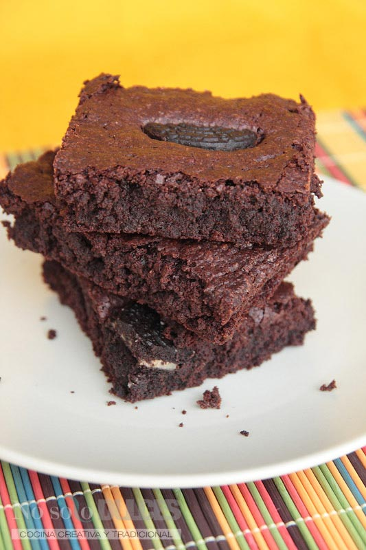 No solo dulces – Brownie super chocolateado con galletas Oreo