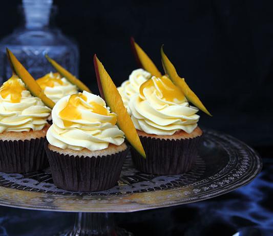 Cupcakes de mango natural y vainilla