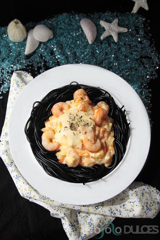 No solo dulces - Receta express Espaguetis negros con salsa dulce de gambas