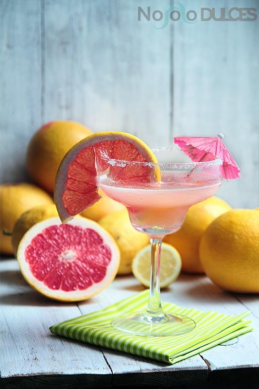 No solo dulces – Cockatil margarita de pomelo rosa