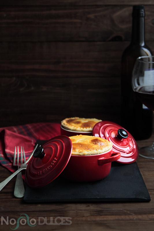 Tartaletas de carne en mini cocottes [Mini meat Pies]