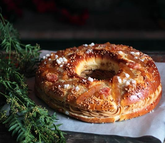 Roscón de Reyes y crema pastelera de turrón