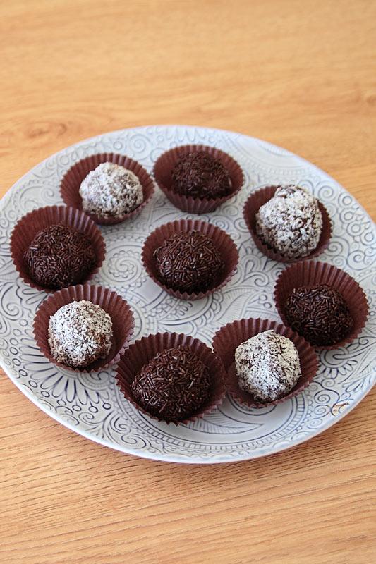 nosolodulces-trufas-de-chocolate-facil-es-3-ingredientes-videoreceta-principal